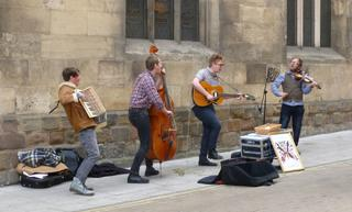 Buskers, York